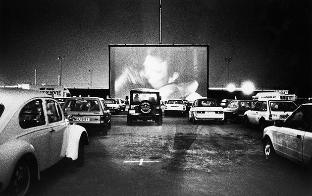 drive in theaters a dying breed that 39 s still around. Black Bedroom Furniture Sets. Home Design Ideas