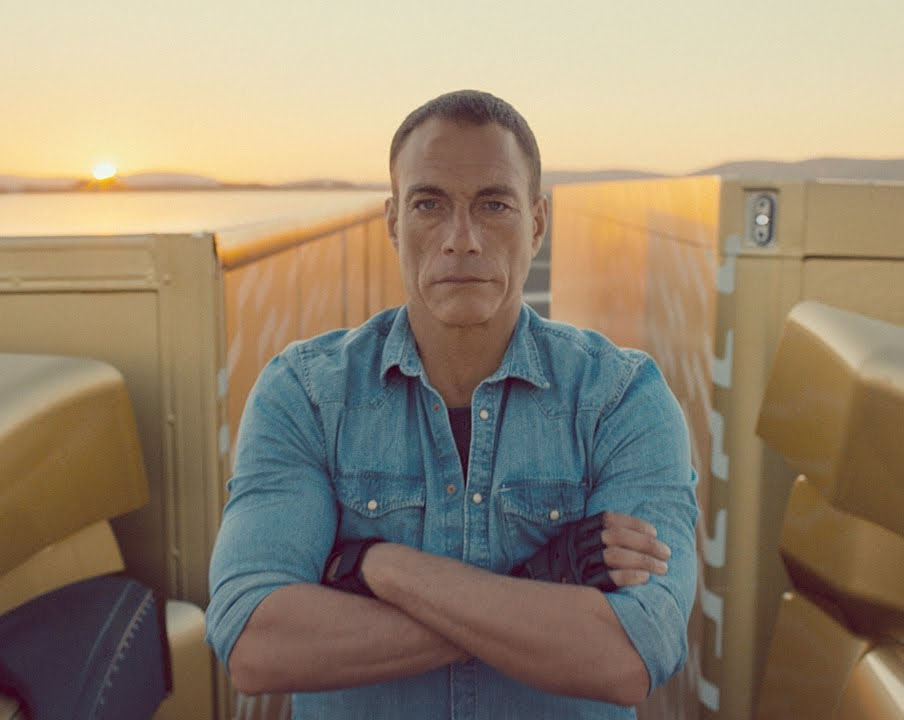 Jean-Claude Van Damme makes epic split on two moving Volvo trucks – VIDEO