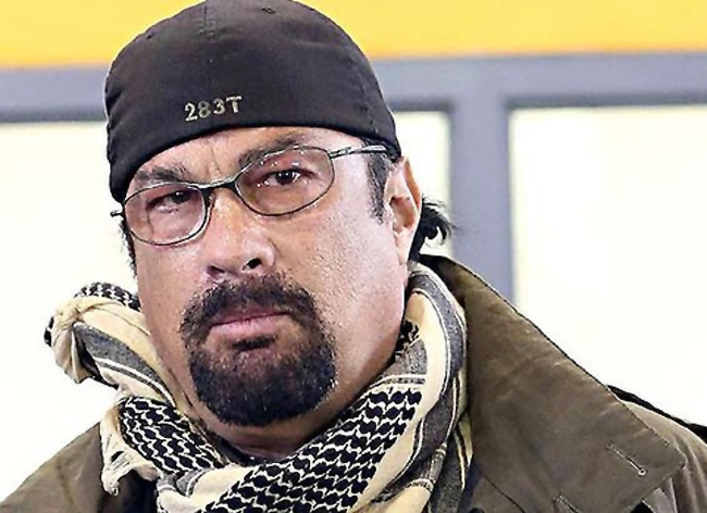 Steven Seagal's brutally honest interview to Russian newspaper – VIDEO