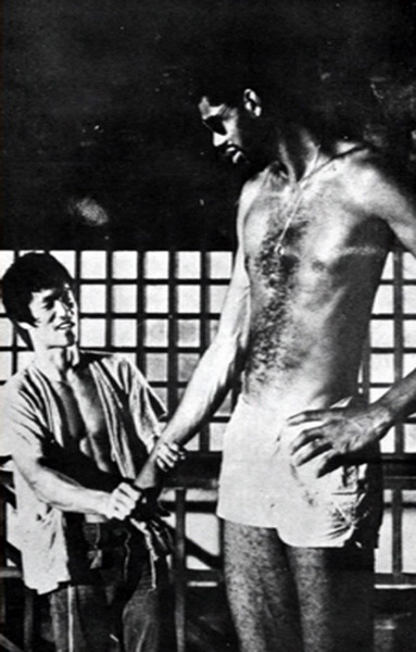 bruce-lee-kareem-abdul-jabbar-game-of-death-9